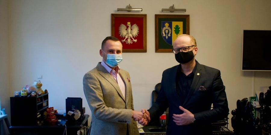 Piotr Remiszewski - Burmistrz Miasta Milanówka, Krzysztof Brudnowski - Członek Zarządu Firmy Efekt